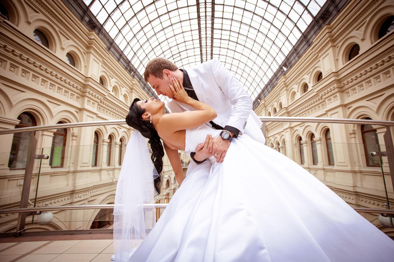 профессиональные свадебные фотографии в загсе что